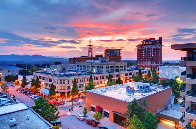 Resolve to Explore Asheville North Carolina Homes and Lifestyle in 2021